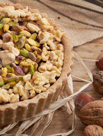 Crostata al cioccolato e frutta secca